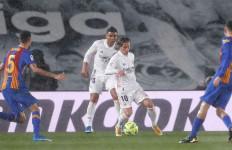 Andai Gawang Real Madrid Lebih Tinggi, Mungkin Hasil El Clasico 2-2 - JPNN.com