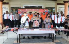 IPW Dkk Jadi Tersangka Kasus Pembuatan Senjata Api Rakitan - JPNN.com