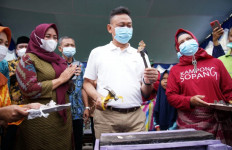 Cegah Covid-19, Wali Kota Minta Pedagang Sotong Pangkong Patuhi Prokes - JPNN.com