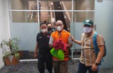 TS Ditangkap Tim Gabungan di Pancoran Mas Depok, Lihat Penampilannya - JPNN.com