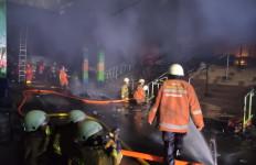 Informasi Penting Perumda Pasar Jaya Terkait Kebakaran Hebat Blok C Pasar Minggu - JPNN.com
