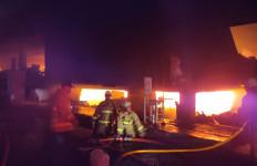 Kebakaran Hebat Blok C Pasar Minggu, Ini Imbauan Penting Plt Wali Kota Jaksel - JPNN.com