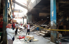 Blok C Pasar Minggu Terbakar, Diduga Ini Penyebabnya - JPNN.com