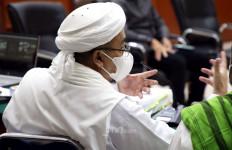 Habib Rizieq Menjalani Sidang 3 Hari Berturut-turut, Begini Kondisinya - JPNN.com