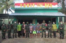 Satgas Pamtas RI-PNG Yonif 131/Braja Sakti Sambut Kedatangan Mayjen TNI Budiman - JPNN.com