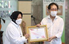 Sido Muncul Salurkan Bantuan Korban Banjir NTT Melalui Kemensos - JPNN.com