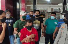 Sok Jago Bawa Senpi Ilegal, Begitu Lihat Polisi Langsung Ciut, Begini Akhirnya - JPNN.com