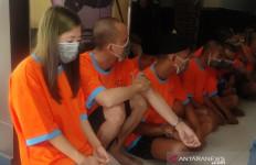 Sugih Gumilar Kehilangan Jabatan Gara-gara Tepergok Pesta Terlarang Bersama Perempuan - JPNN.com