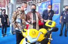 Kunjungi Pameran IIMS 2021 Bersama Menperin, Bamsoet Dorong Percepatan Migrasi Kendaraan Listrik - JPNN.com