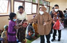 Bu Risma: Anak-anak, Lansia, Penyandang Disabilitas jadi Perhatian Kemensos - JPNN.com