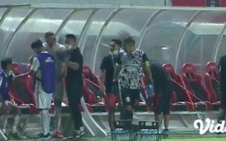 Penjelasan Pelatih Persija soal Insiden Andritany vs Marko Simic