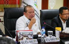 Ketua DPD RI Minta Perbaikan Jembatan Patihan Madiun segera Dilakukan - JPNN.com