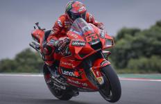 FP2 MotoGP Portugal: Tegang Hingga Ada yang Boncengan ke Garis Finis - JPNN.com