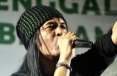 Henry Boomerang Masih Kritis, Royke Arek Band Galang Dana Lewat Konser Virtual - JPNN.com