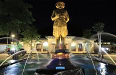 Loji Gandrung, Rumah Dinas Gibran Rakabuming jadi Pusat Jualan Takjil - JPNN.com