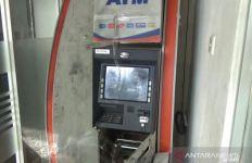 4 Bandit Pengganjal ATM Tertangkap Tangan saat Beraksi di Bekasi - JPNN.com