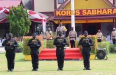 Sikat Bandar Narkoba, Irjen Dedi Beri Penghargaan kepada Anak Buahnya - JPNN.com