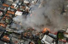Kebakaran Taman Sari, Diperkirakan 112 Rumah Hangus Diamuk Si Jago Merah - JPNN.com
