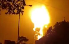 Semburan Api Membumbung Tinggi, Viral di Medsos, Riani: Kondisi Tersebut Hal Normal - JPNN.com