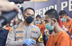 Jalankan Bisnis Begituan, GMI Ditangkap, Lihat Gayanya saat Diinterogasi Kombes Syahduddi - JPNN.com