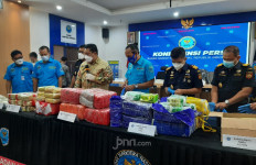 BNN Ungkap Kasus Peredaran Narkotika, Barang Buktinya Banyak Banget - JPNN.com
