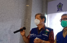 Ketua KillCovid19: Vaksinasi untuk Orang Sehat - JPNN.com