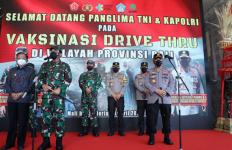Panglima TNI Bersama Kapolri Tinjau Gelaran Vaksinasi di Bali, Hasilnya? - JPNN.com