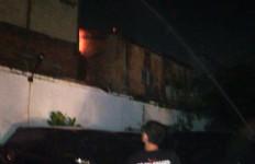 Taufik Hidayat Pingsan, Saefudin Langsung Dibawa ke Rumah Sakit - JPNN.com