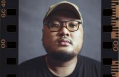 RAYROCC Berbagi Kisah Personal Lewat Album Midnight Conscious - JPNN.com