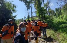 Cegah Karhutla, KLHK - MPA Paralegal Gelar Patroli di Gunung Ciremai Majalengka - JPNN.com