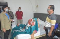 Digerebek Berduaan di Kamar Hotel, Misno Berkilah Teman Wanitanya adalah Saudara, Lihat Fotonya - JPNN.com