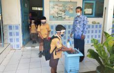 Mekanisme Dana BOS Berubah, Kepala Sekolah Leluasa Menggaji Guru Honorer - JPNN.com