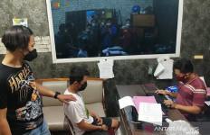 Dimas dan Pacarnya Beraksi, Korban Diperas-Dijadikan PSK, Sungguh Tega - JPNN.com
