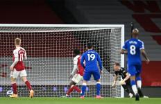 Bunuh Diri Warnai Kekalahan Kandang Pertama Arsenal dari Everton Sejak 1996 - JPNN.com