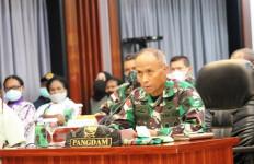 Jenazah Brigjen TNI Putu IGP Dani NK Dievakuasi ke Beoga - JPNN.com