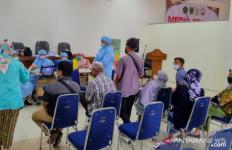 Pemda Siapkan Vaksinasi untuk Lansia di Masjid - JPNN.com