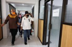 Guru Honorer Jalan Kaki dari Cikarang ke Istana, LaNyalla Minta Pemkab Bekasi Tunaikan Kewajiban - JPNN.com