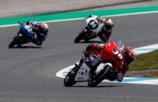 Pembalap Magetan Mario Suryo Aji Catatkan Sejarah di CEV Barcelona - JPNN.com