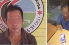 Bisnis Terlarang Terbongkar, Kades Jamaludin Langsung Dijemput Polisi di Rumah, Tuh Lihat - JPNN.com