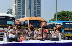 Polda Metro Jaya Amankan 115 Mobil Travel Gelap - JPNN.com