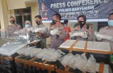 Polisi Gagalkan Penyelundupan Puluhan Ribu Ekor Benur Lobster, Nih Lihat - JPNN.com