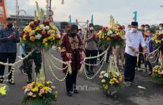 Impian Bu Risma Terwujud, Jembatan Sawunggaling Diresmikan - JPNN.com