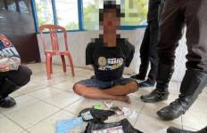 Sempat Berupaya Kabur, Pemuda Pelanggar Lalu Lintas Kedapatan Bawa 35 Paket Sabu-Sabu - JPNN.com