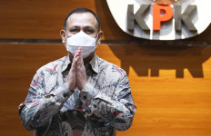 Hotman Heran Firli Bahuri 'Sandera' Lembaga Negara Demi Pecat Novel Baswedan Cs - JPNN.com