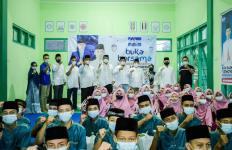 EBY dan DPC PD Dapil VII Jatim Gelar Buka Puasa Bersama dan Salurkan Bantuan - JPNN.com