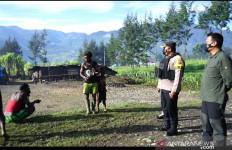 Pasukan TNI dan Polri Berhasil Mendesak Mundur KKB, Pasar Ilaga Sudah Ramai - JPNN.com
