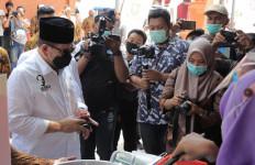 Ketua DPD RI Minta Pemkab Sidoarjo Bantu Kampung Jajanan - JPNN.com