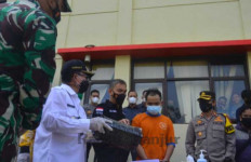 Ribuan Butir Obat Terlarang dan 41 Paket Ganja untuk Malam Takbiran - JPNN.com