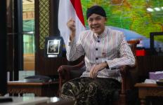 Pak Ganjar Turun Tangan Masalah THR Buruh di 18 Perusahaan Jateng - JPNN.com