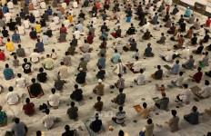 Tausiah Penting dari MUI Jatim: Salat Idulfitri Boleh Dilaksanakn di Wilayah Selain Zona Merah - JPNN.com